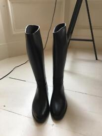 Toggi riding boots, never worn, ladies size 8 (42)