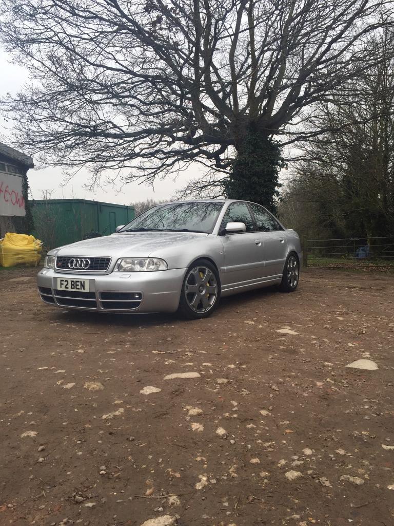 Audi S4 B5 FSH