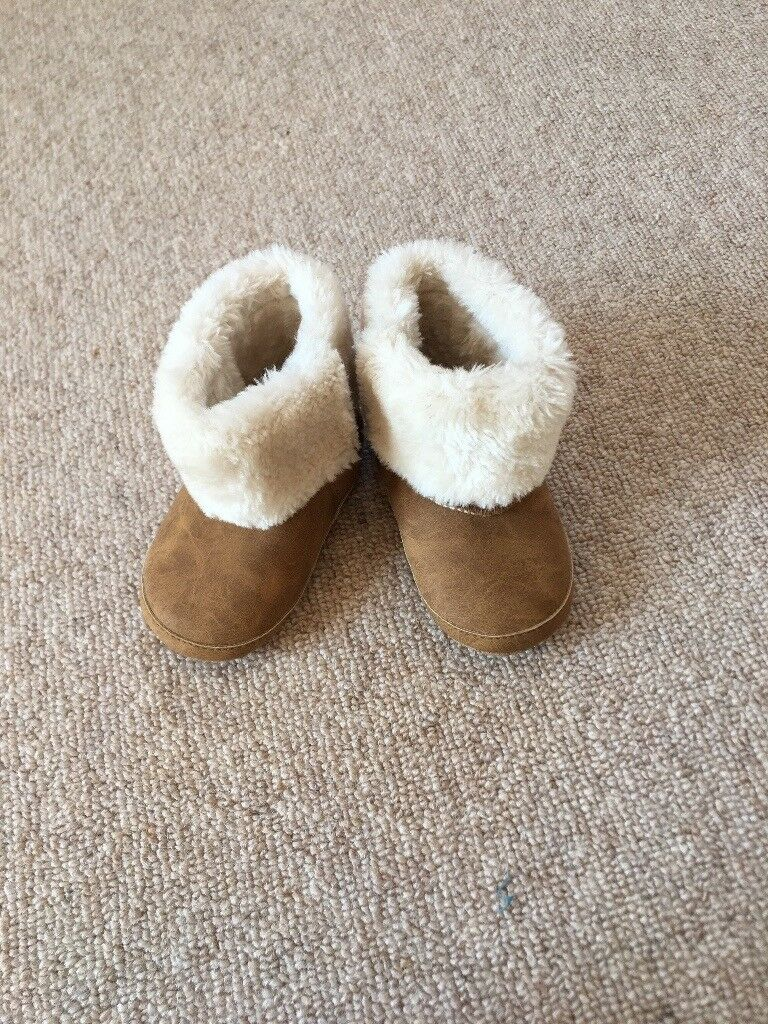 e633bf74efa Baby girl ugg style boots 12-18months | in Ardleigh, Essex | Gumtree