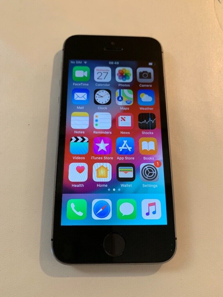 0b4f1b7c8232 IPhone 5. 16GB Black Space Gray. Excellent condition. (On EE at present)
