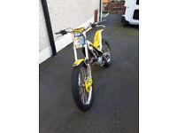 (gas gas txt 200 trials bike)