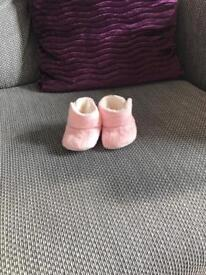 Girls bootees 0-3 months