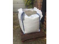 Jumbo bag of White limestone stones 20mm