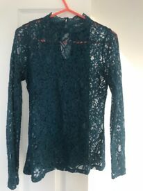 Oasis lace top