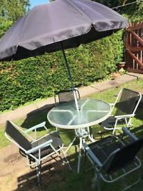 Table and chairs free to anyone who can collect ASAP