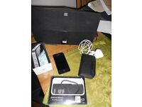 iphone 4 32gb with speaker docking station
