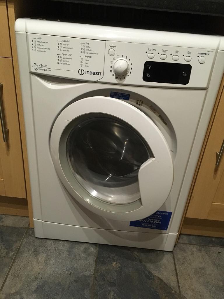 Indesit washer dryer IWDE7125