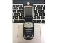 Black Motorola V620 Unlocked Flip Mobile Phone + Charger + Sim Card