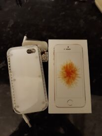 Iphone se new condition with box