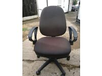 Very good condition office chair for quick sale
