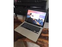 MacBook Pro & wireless apple mouse