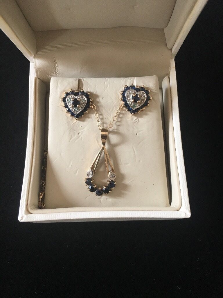 Gold jewellery setin Alford, AberdeenshireGumtree - Ladies 9ct gold sapphire and diamond pendant and earrings set. Would make a lovely gift