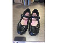 Size 2G Clarks Girls Black school shoes