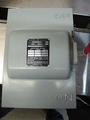 General Electric Tc70321 30 Amp 240 Volt 3 Double Throw Switch- Ats40