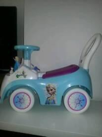 Frozen ride on musical car
