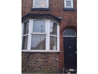 **LET AGREED**1 BEDROOM -HOUSESHARE-WATERLOO ROAD-HANLEY-LOW RENT-NO DEPOSIT-DSS ACCEPTED