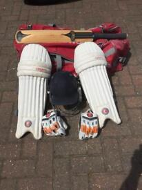 Cricket gear Bat Pads Bag Helmet Gloves