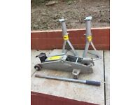 Master Mechanic Trolley Jack and X2 Stands
