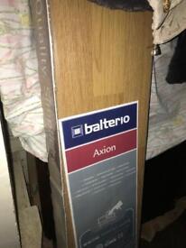 Oak laminate flooring 11.5m2