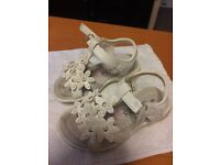 CHILDREN'S SHOES FROM JONES SIZE 6 GOOD CONDITION FOR SALE