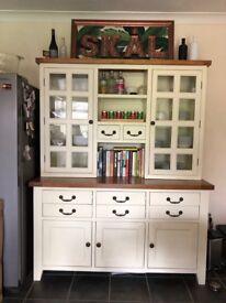 Oak kitchen dresser
