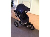 3 week pushchair and car seat with adapter and everything footmuff,rain cover,car seat extra cover