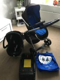 Chicco urban travel system includes car seat + base + colour pack
