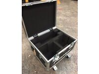 Pro quality 5 Star wheeled Flightcase - as new condition