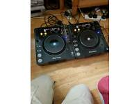 pioneers cdj1000 mk3's with alto ts115 speaker