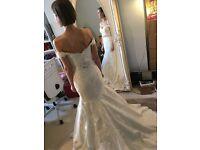 Stunning Fishtail Essence of Australia Wedding Dress, Size 6