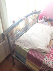 Children's single bed metal frame