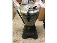 Teego automatic golf ball feeder