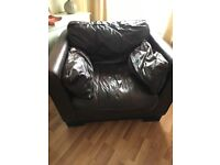 Large leather 3 piece sofas and chairs