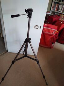Camera tripod for sale hardly used in london w1. In perfect working order