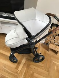 FOR SALE! Limited Edition Jurassic Cream Egg Stroller & Carrycot