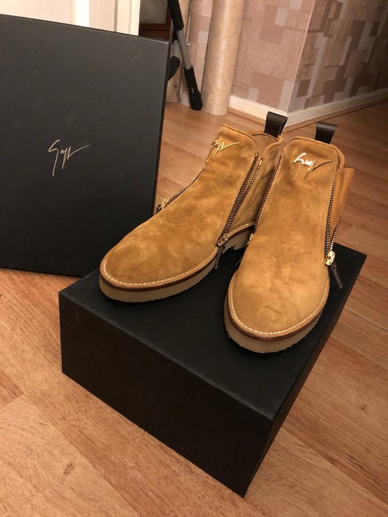 Giuseppe Zanotti Austin Boots Suede in Tan size 8 Uk
