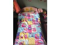 Toddlers bed (girls) only £10