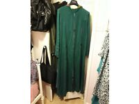 Long dress with hood/abaya/jilaba. Morrocan style. Size 14-16. In great condition. £12.