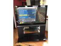 TV Panasonic TH-42PX70B on original stand.