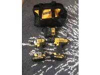 DEWALT XR 18V LIO-ION CORDLESS IMPACT DRIVER AND COMBI DRILL TOLL SET