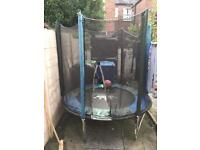 FREE FREE FREE KIDS TRAMPOLINE AND NETTING COLLECT TODAY