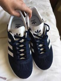 Adidas gazelle Navy trainers 5.5 new