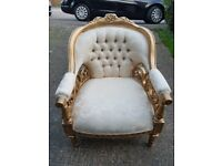 Boroque buttoned back velvet Armchair wit solid wood frame