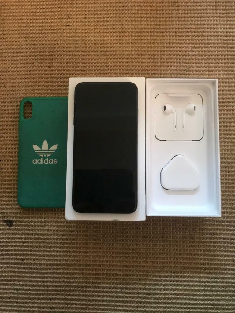 iPhone XS Max 64 gb locked to EE | in Standish, Manchester | Gumtree