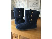 Ugg boots Classic Cardy Blue size 7.