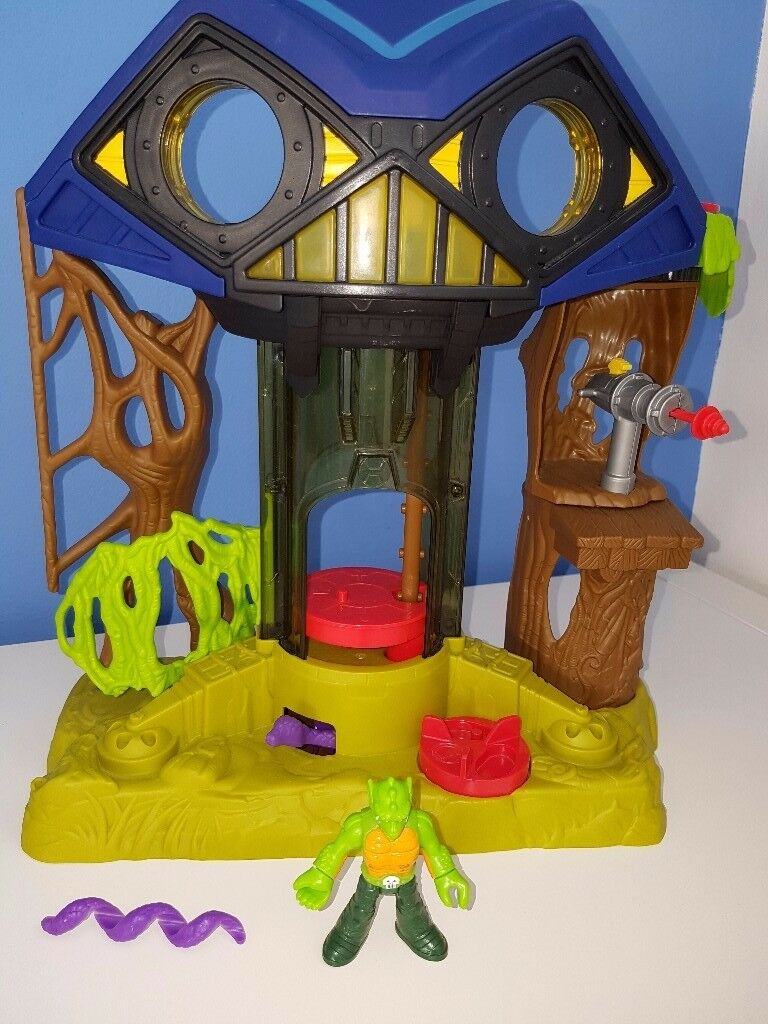 Imaginext DC Super Friends Hall of Doom