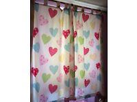 Girls love heart curtains and duvet set