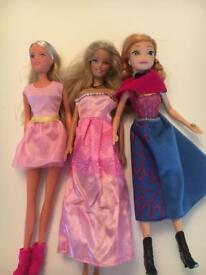 Barbies and Anna