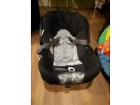 Used baby car seat in good condition