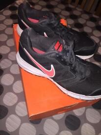 Nike downshifter trainers UK 7